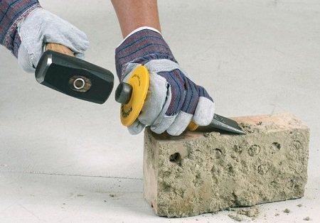 3 способа очистки кирпичей от цемента